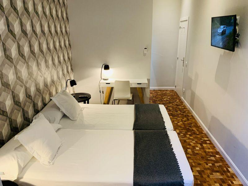 Hermosa habitación con baño privado en suite en el centro ...